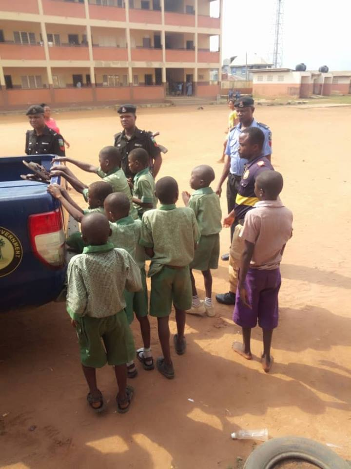 See Primary School Pupils Initiated Into Dreaded Cult Group In Lagos (Photo)