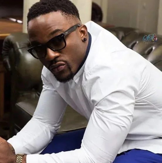 DOWNLOAD: Iyanya – Applaudise (mp3)