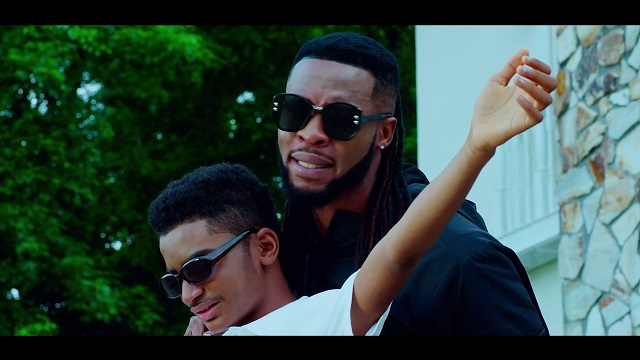 DOWNLOAD: Phyno Ft. Flavour – Authe (Authentic) mp3