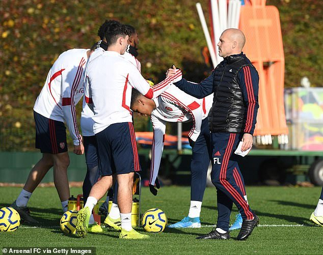 New Arsenal coach and legend, Freddie Ljungberg handles training for first time since Unai Emery's sack (photos)
