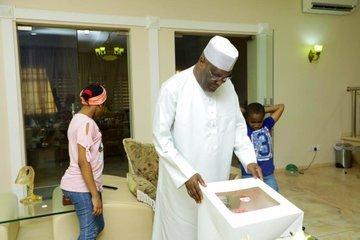 Atiku Abubakar gets birthday cake from his grandchildren (photos)