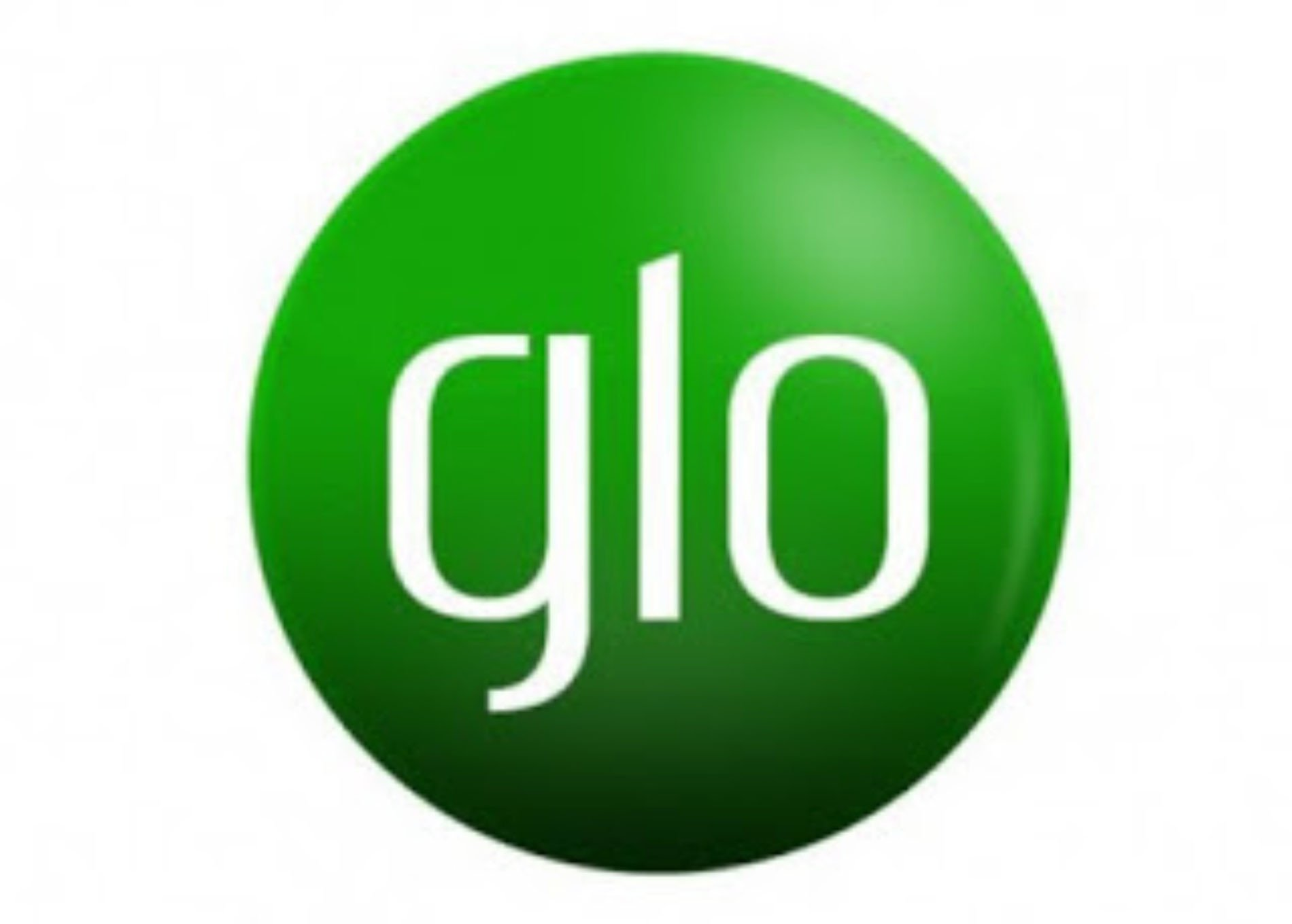 """Glo Sparkles At World Branding Award, Bags """"Brand Of The Year"""""""