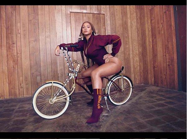 Beyonce shares beautiful new photos