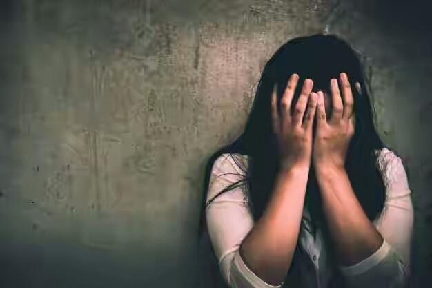 Bus conductor allegedly breaks into woman's home, robs and defiles her 10-year-old daughter