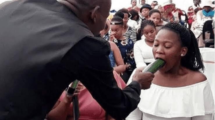Pastor Teaches Female Members How To Give Blow—Job ( Watch Video )