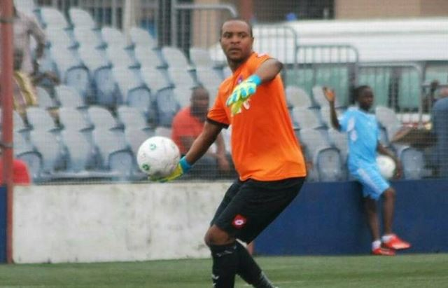 Oh No! Abia Warriors Goalkeeper, Tambe Shot By Suspected Hoodlums In Ibadan