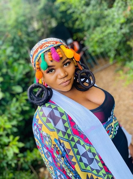 Busiswa replies trolls saying she is 'too dark', order to get out of their vocabulary