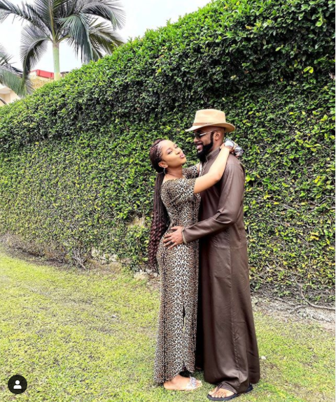 Loved-up photo of Banky W and his wife Adesua Etomi