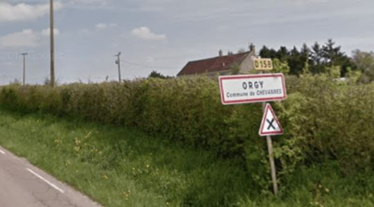 UNBELIEVABLE! In France, There Are Villages With The Names 'Pus$y', 'Condom' And 'Anus'