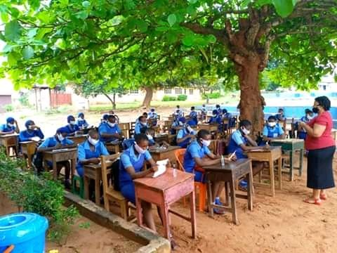 See How Anambra Students Observed Coronavirus Rules As Schools Resumed In The State Yesterday