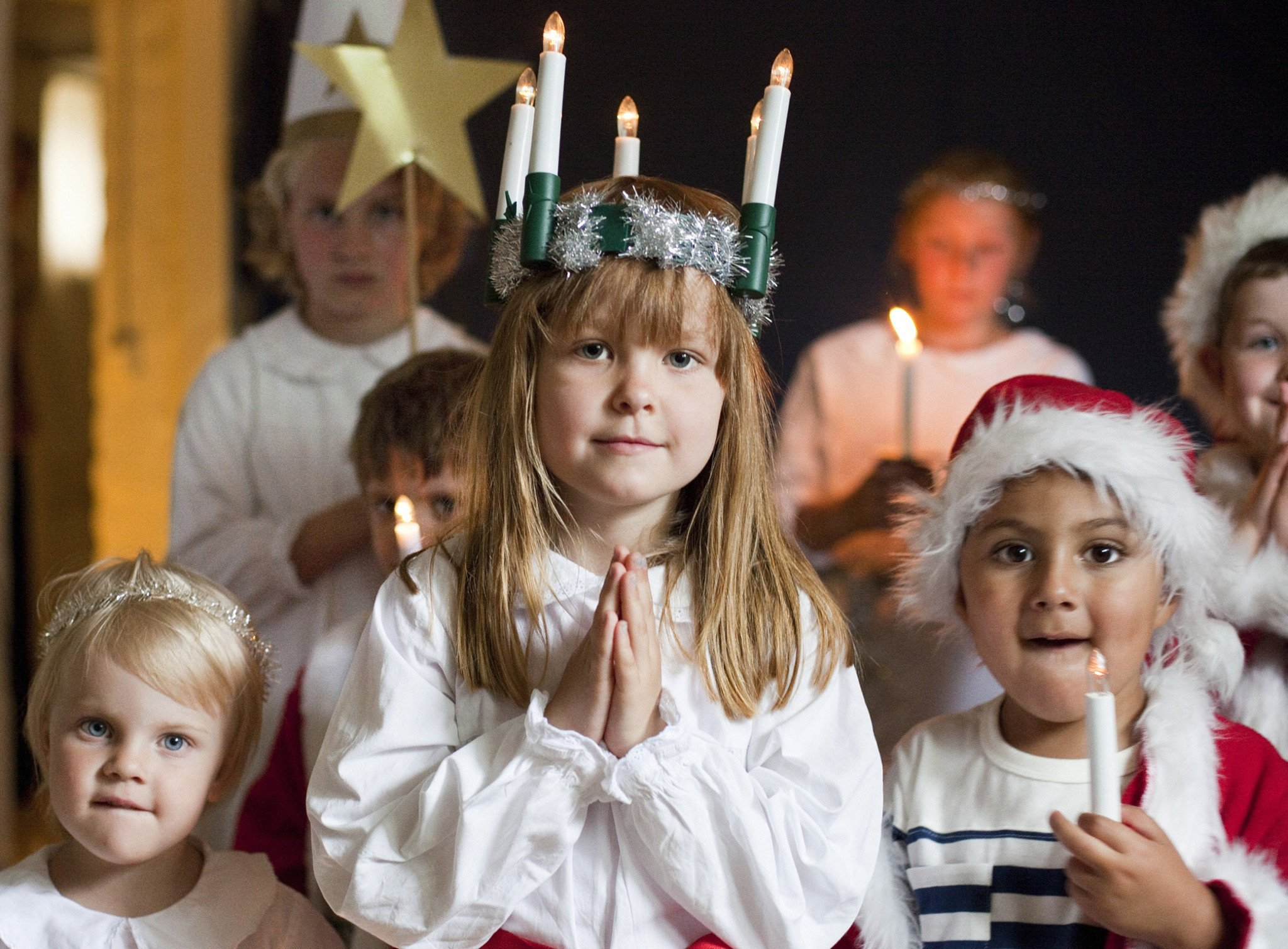 See This Place In Sweden Where Children Wear Light In White Robes And Serve Coffee To Their Parents, They Do It To Celebrate The Patron Saint Of Light