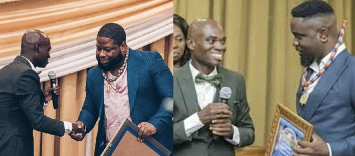 Sarkodie and D-Black never paid for the fake water bottle award  – Dr UN claims