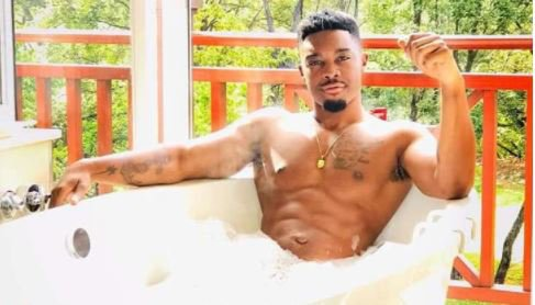 Tino Chinyani dishes out advice to his fans
