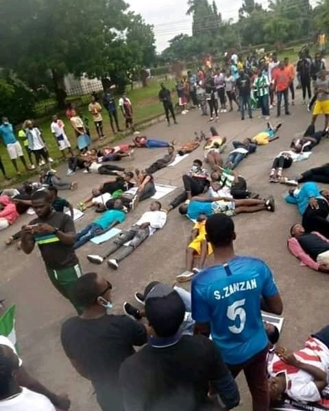Benue Youths Join #EndSARS Protests, Take Over Main Roads (Photos)