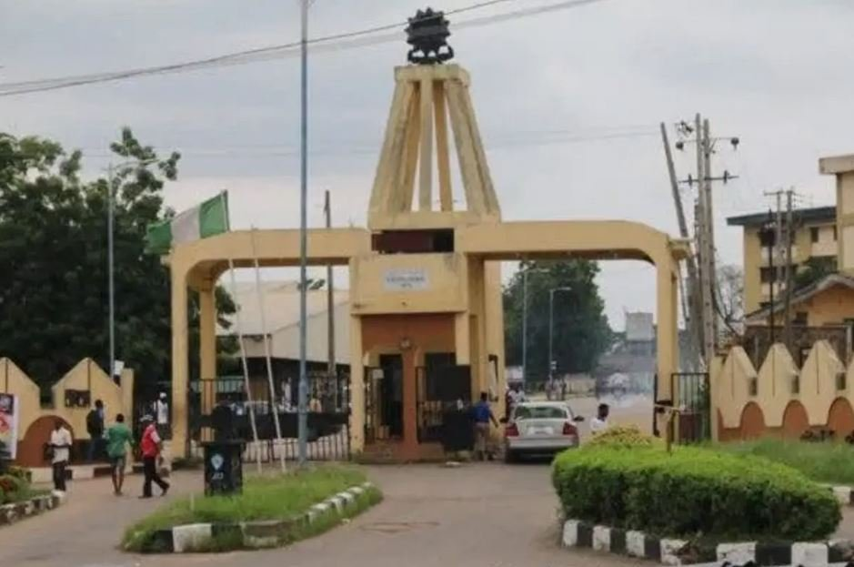 Ibadan Poly Students Protest Forces Management To Postpone Exams