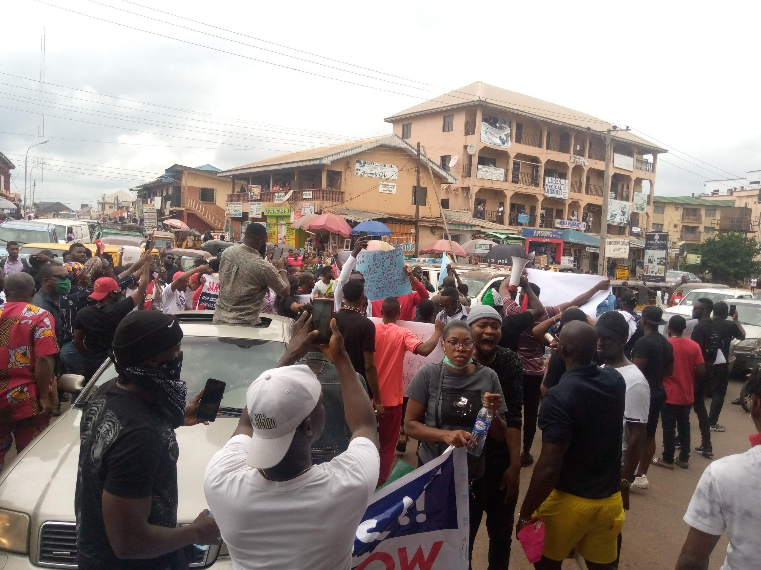#End SARS Protesters Shuts Down Awka, Demand Prosecution Of Ex-SARS Boss, James Nwafor