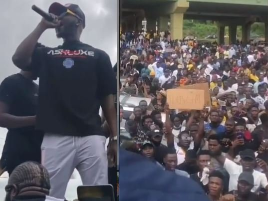 Nigerian Singer, Kizz Daniel Seen Leading Huge #EndSARS Protest In Abeokuta (Video)