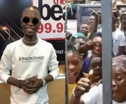 The Adorable Moment Crowd Stormed Beat FM To Get A Glimpse Of BBNaija Winner, Laycon (Video)