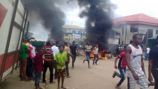Angry Mob Beat Motorcycle Thief to Death in Niger