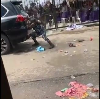 #EndSARS: Moment Police Officers Allegedly Opened Fire On Protesters at Olowu of Owu's Palace (Video)