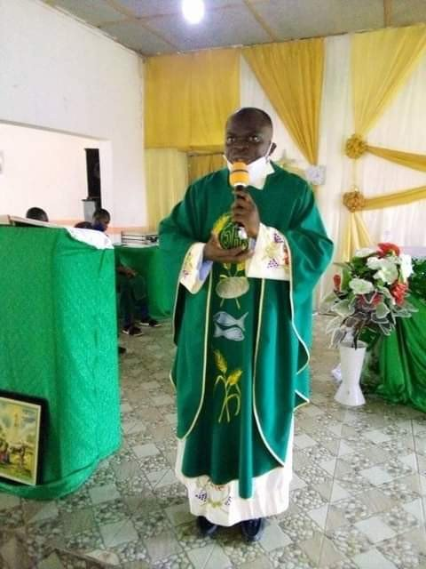 38-Year-Old Catholic Priest, Two Pupils Drown In A Flood In Bayelsa