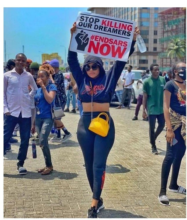#EndSARS:Onyii Alex Drags Follower Who Accused Her Of Dressing Sexy To Protest