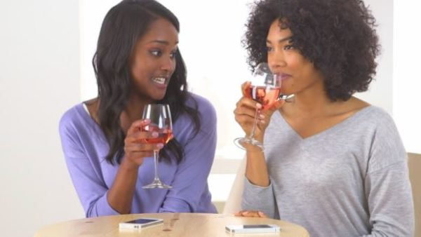 7 reasons married women cut off their single friends