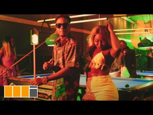 VIDEO: Krymi Ft. Kofi Mole, King Maaga – Party Gbee | mp4 Download