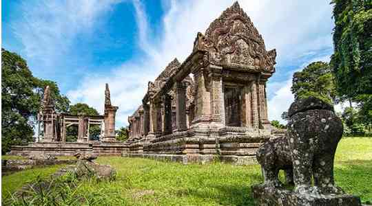 You Can't Miss These Tourist Attractions In Cambodia Capital, Phnom Penh