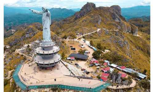 JESUS BUNTU BURAKE | Where To Find The Tallest Jesus In The World