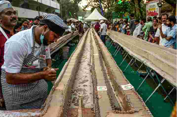 SS How World's Longest Cake Is Made In Kerala & Also Named In The Guinness World Record