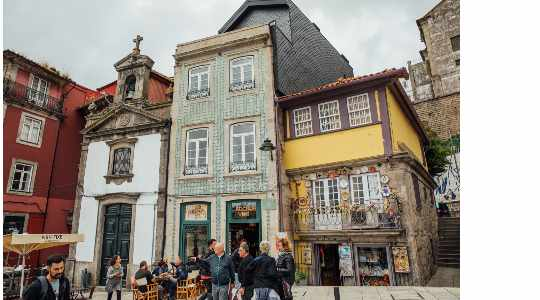Portugal Bucket List : Must-See Tourist Attractions