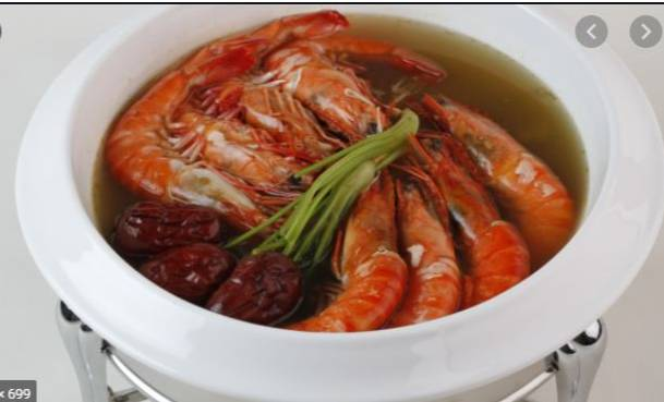 WOWW!!!! See The Culture That Has No Issues With Eating Live-Drunken Shrimp