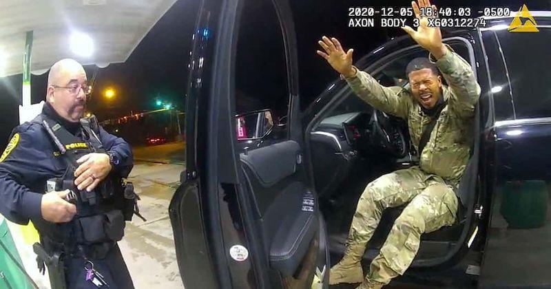Virginia police officer sacked for pepper-spraying black Lieutenant