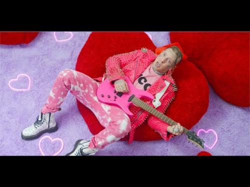 DOWNLOAD Tom MacDonald & Brandon Hart Ft. Nova Rockafeller – Heart Emojis MP3