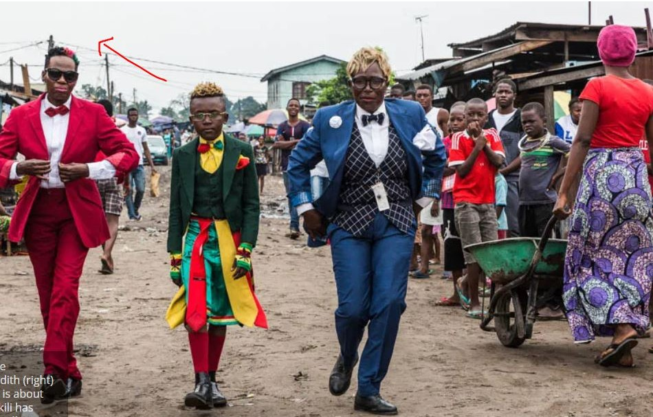 WAWU! See The Tribe In Congo Known For Their Colourful Fashion Sense – You Will Be Impressed!