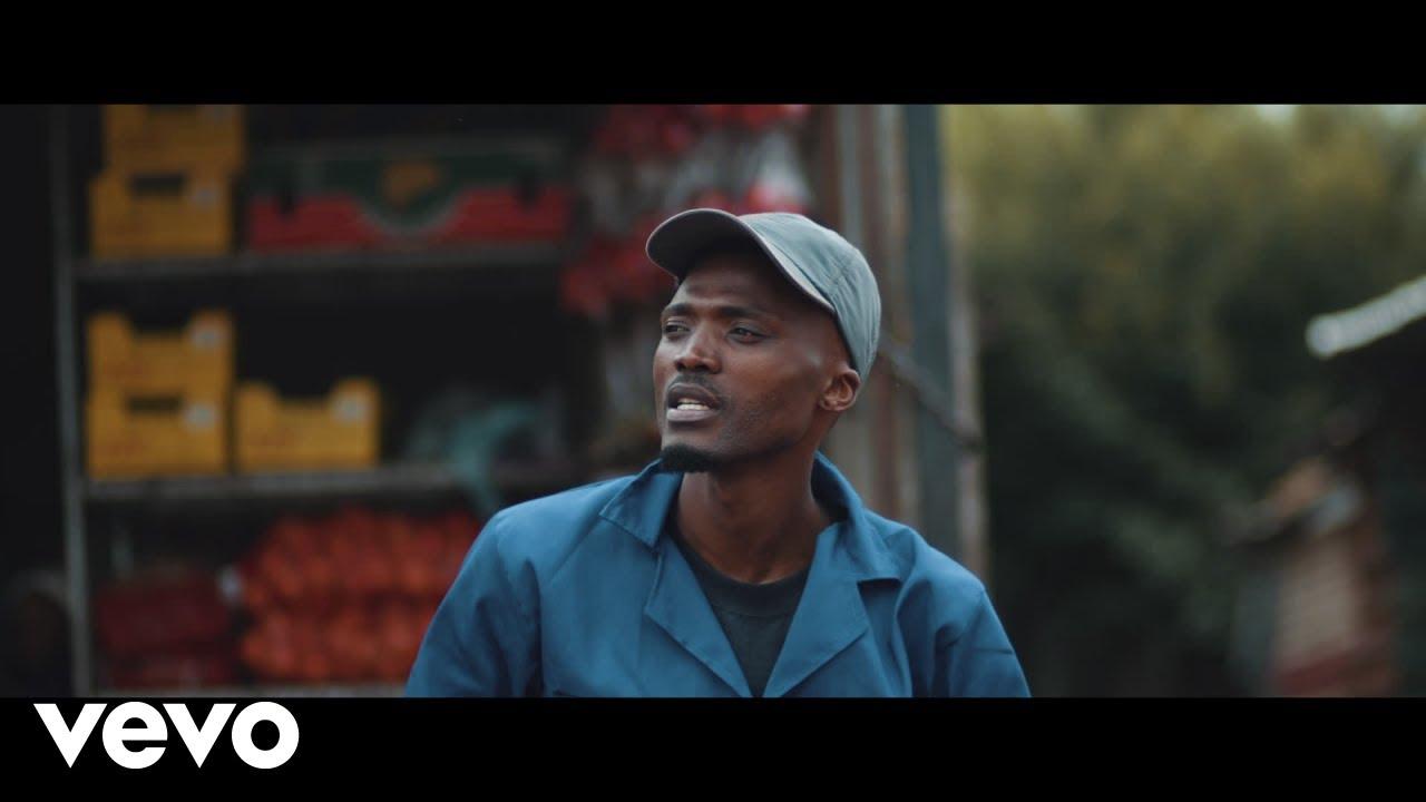 VIDEO: Mthandazo Gatya – Abafana Ft. DJ Manzo SA, Comado, Aflat   mp4 Download