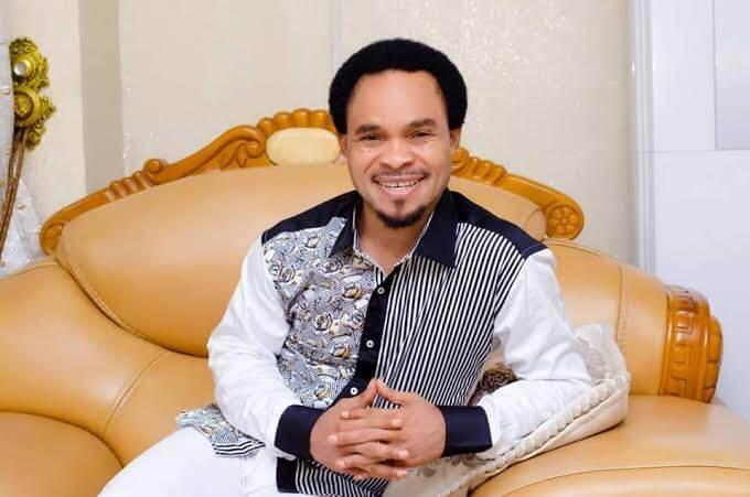 "VIDEO: Prophet Odumeje shades pastors who ""preach like homosexuals"""