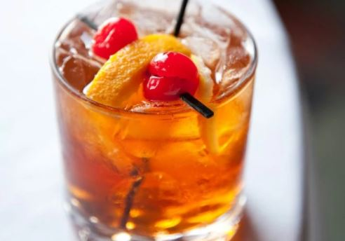 5 easy cocktails every South African should know how to make