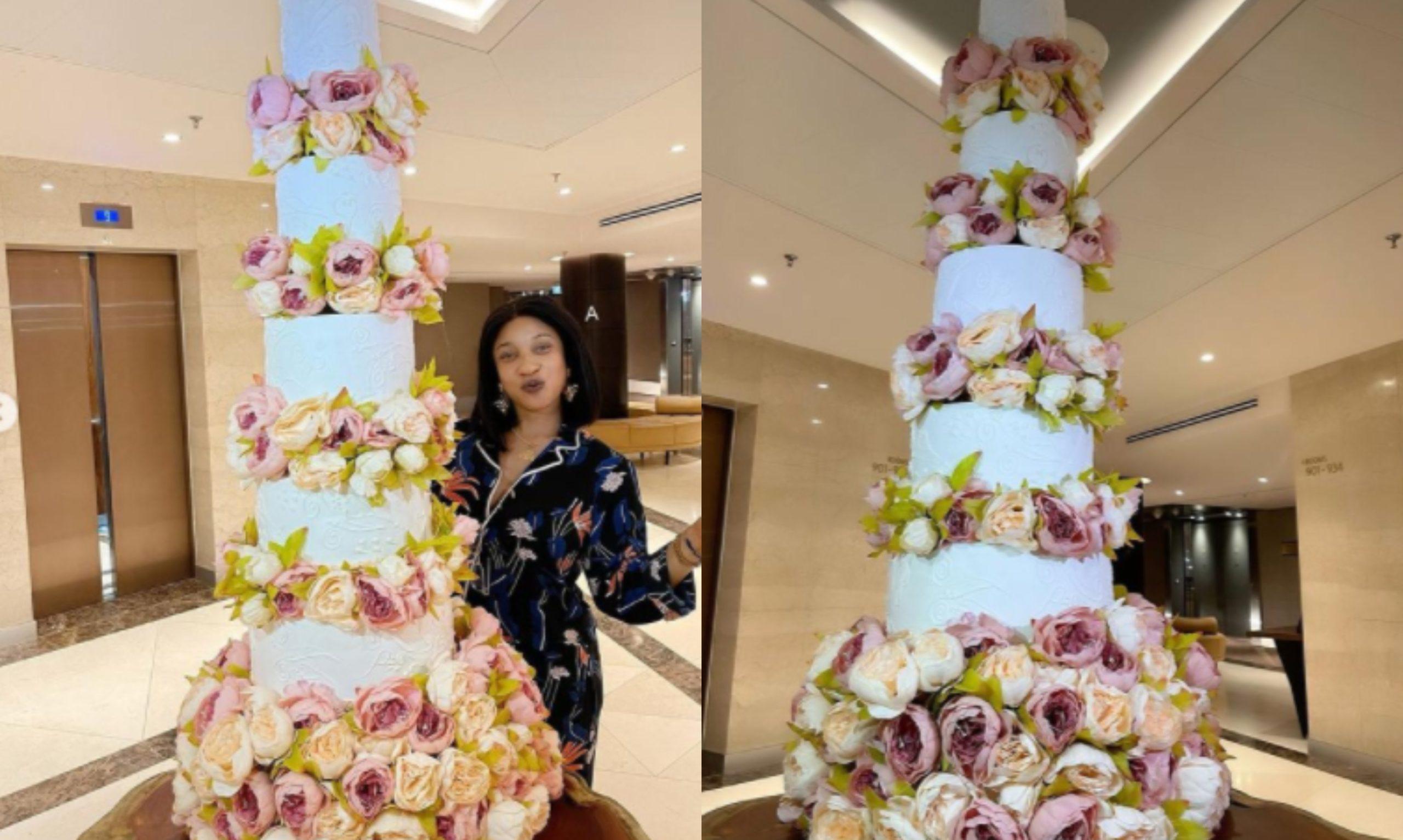 PHOTOS: Tonto Dikeh shows off gigantic birthday cake